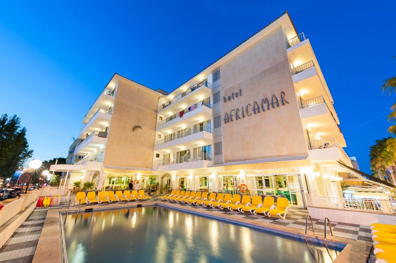 Aparthotel Africamar *** vacaciones en Can Picafort para toda la familia, cerca de la playa